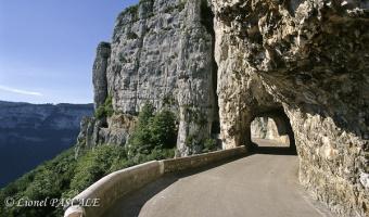 Randonnée et tourisme à la journée entre Vercors et pays de Savoie Les routes du Vercors, la porte d'Urle et l'histoire du Maquis